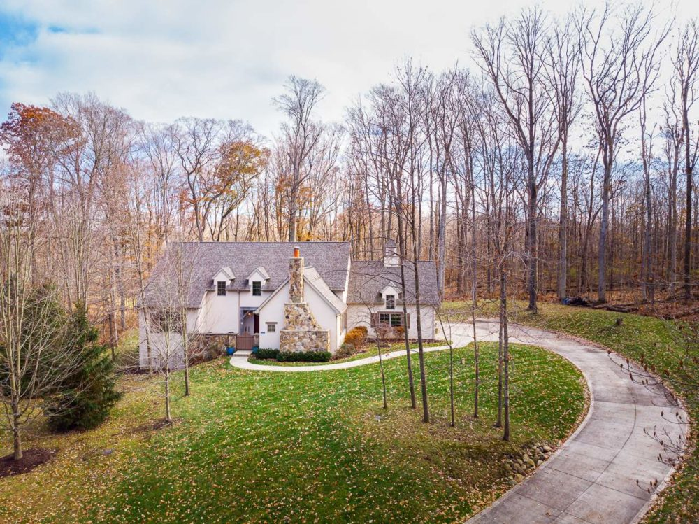 Featured image for 13711 Whiskey Creek Drive, Fort Wayne, IN 46814