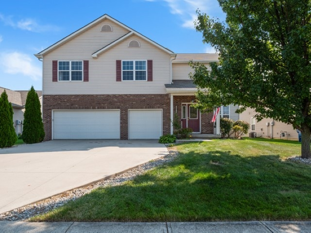Featured image for 12014 Shearwater Run, Fort Wayne, IN 46845