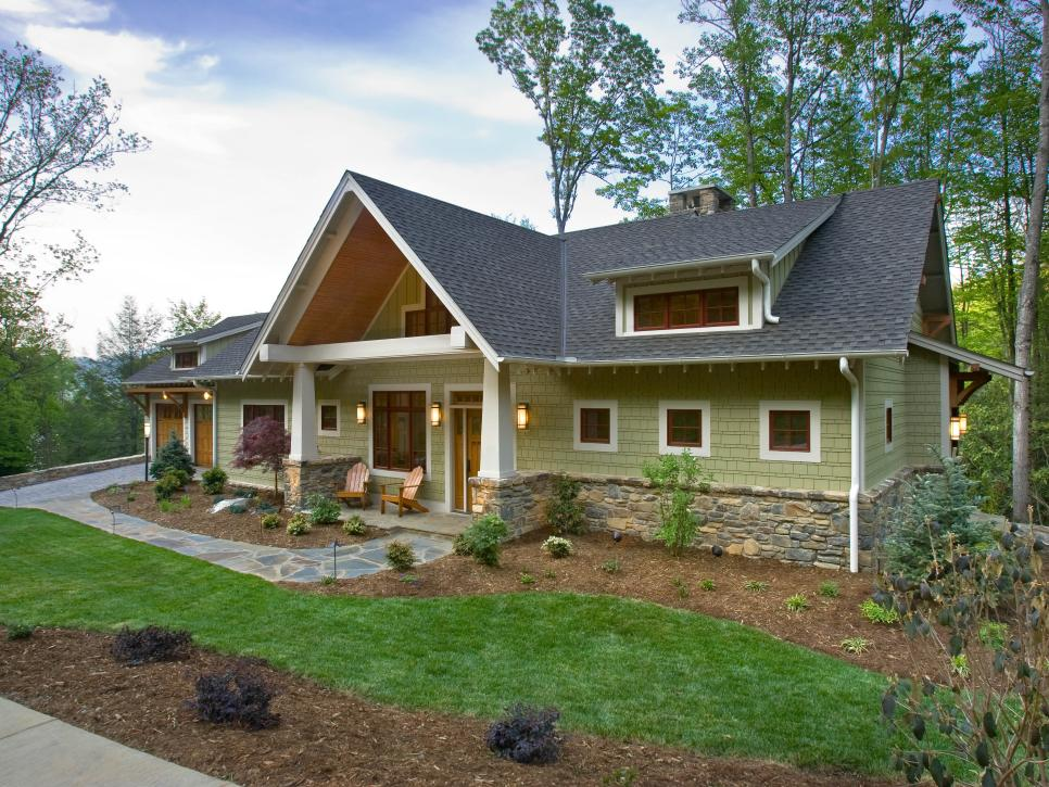 Featured image for How to Increase Your Home's Curb Appeal
