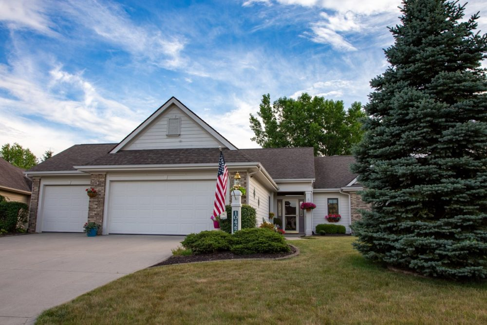 Featured image for Fort Wayne Real Estate: 10427 Maple Springs Cove, Fort Wayne, IN 46845