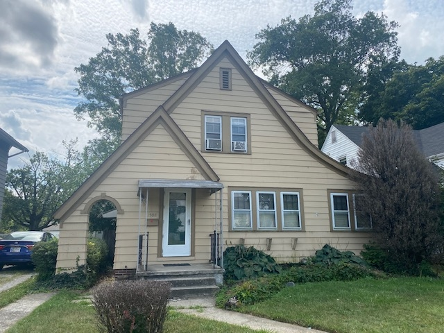 Featured image for Fort Wayne Homes for Sale: 1508 E Rudisill Boulevard, Fort Wayne, IN 46806