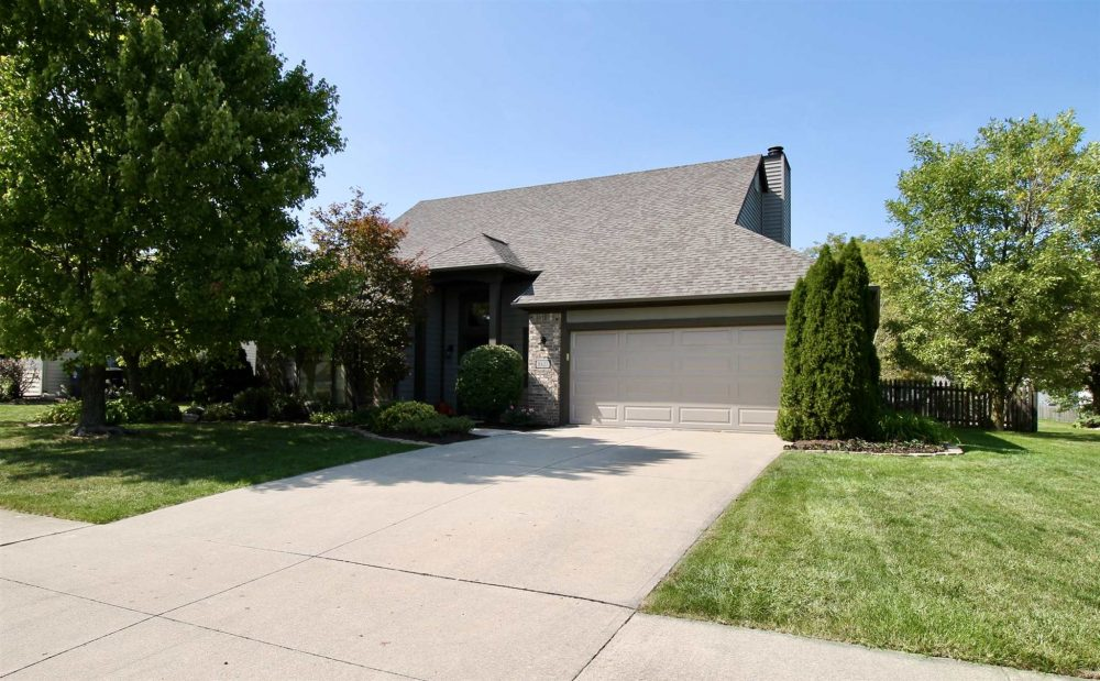 Featured image for Fort Wayne Homes for Sale: 8427 Victoria Woods Place, Fort Wayne, IN 46825