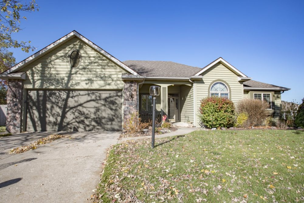 Featured image for Fort Wayne Real Estate: 11523 Green Holly Cove, Fort Wayne, IN 46845