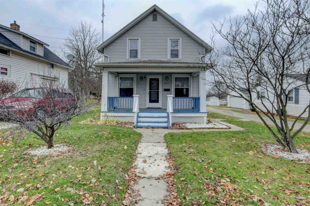 Featured image for Fort Wayne Homes for Sale: 2512 N Wells Street, Fort Wayne, IN 46808