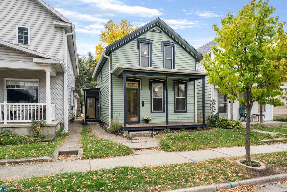 Featured image for Fort Wayne Real Estate: 822 Wilt Street, Fort Wayne, IN 46802