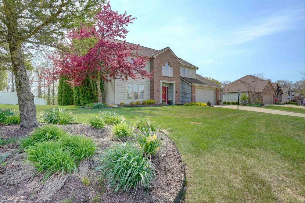 Featured image for Fort Wayne Homes for Sale: 11909 Eagle Creek Lane, Fort Wayne, IN 46814