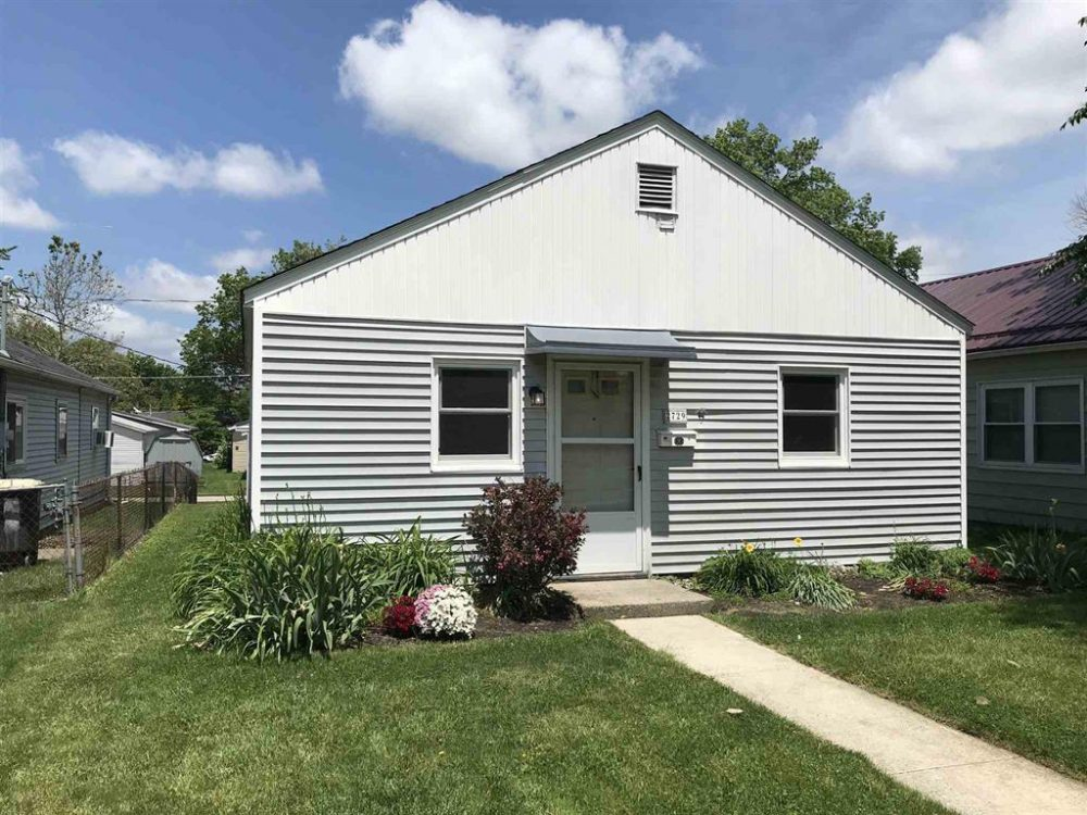 Featured image for Fort Wayne Homes for Sale: 2729 Kenwood Ave, Fort Wayne, IN 46805