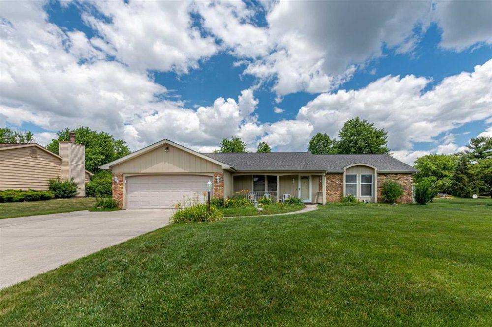 Featured image for Fort Wayne Homes for Sale: 9634 Reindeer Road, Fort Wayne, IN 46804