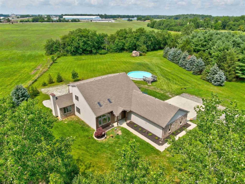 Featured image for Homes for Sale: 2301 County Road 56, Auburn, IN 46706