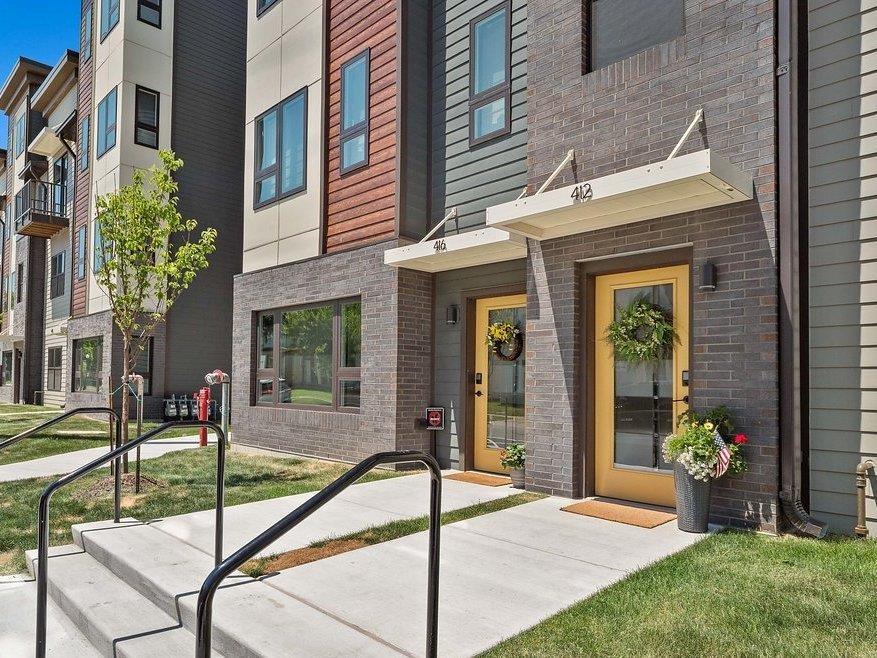 Featured image for Fort Wayne Real Estate: 412 W Brackenridge Street, Fort Wayne, IN 46802