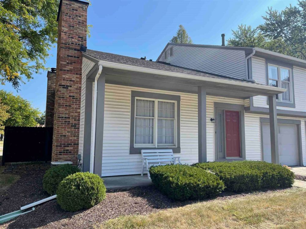 Featured image for Fort Wayne Homes for Sale: 4909 Pinebrook Dr, Fort Wayne, IN 46804