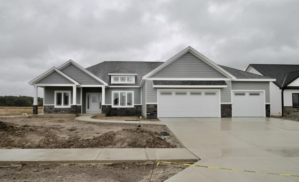 Featured image for Fort Wayne Homes for Sale: 5573 Gadwall Pass, Fort Wayne, IN 46818
